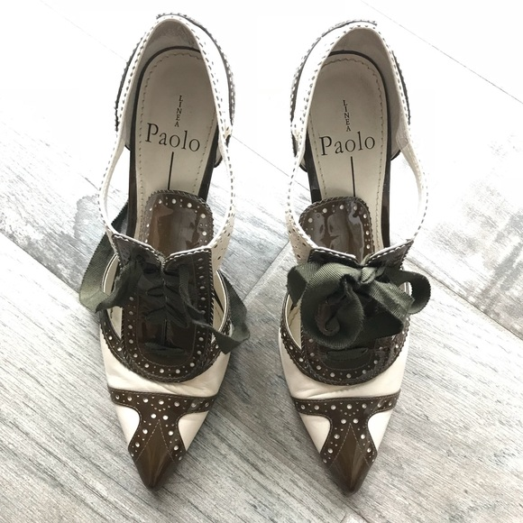 Linea Paolo Shoes - Brown and cream lace ups!